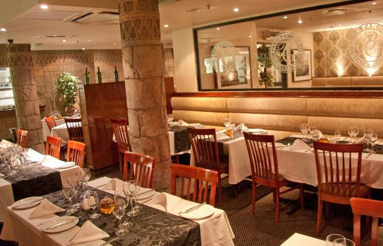 Cape Town Lodge Hotel - Restaurant - 10