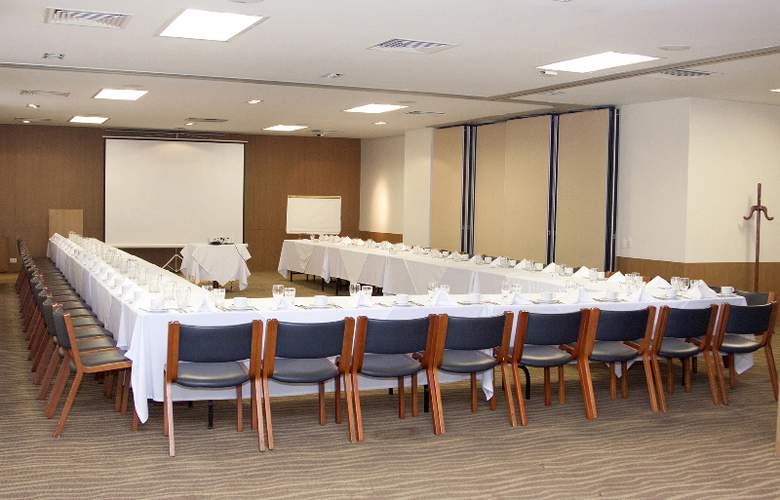 Poblado Plaza - Conference - 7