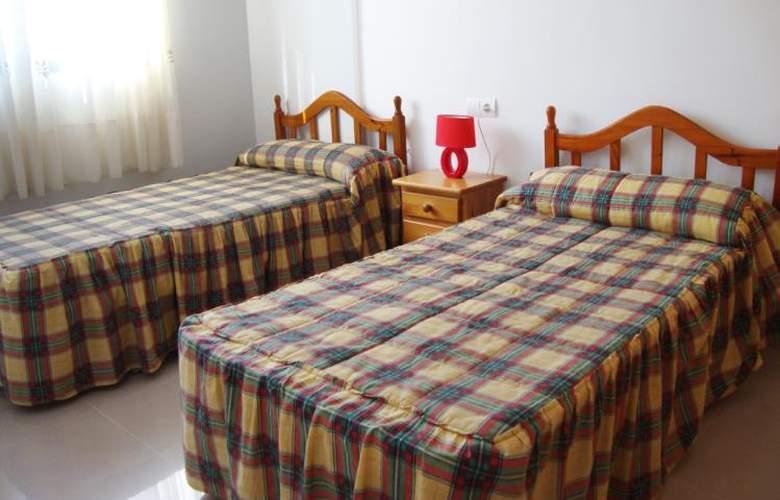 Apartamentos Peñiscola Centro 3000 Sin Piscina - Room - 6