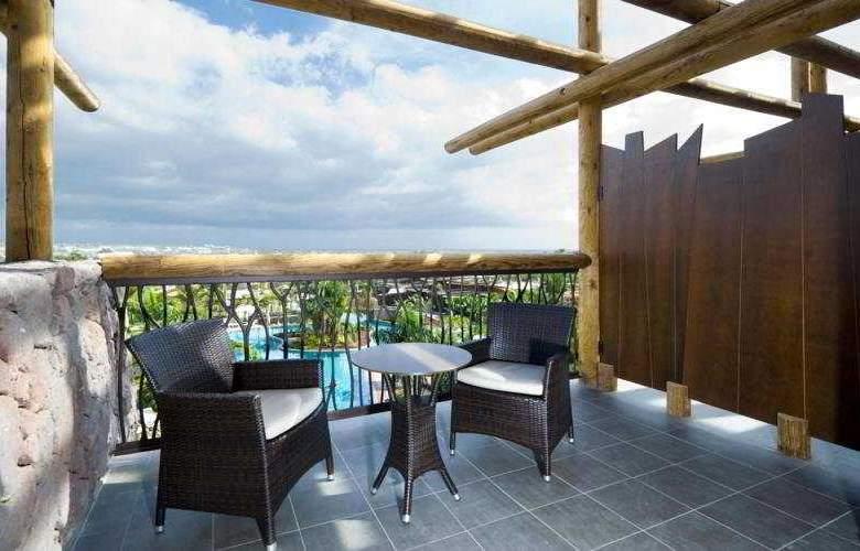 Lopesan Baobab Resort - Terrace - 12