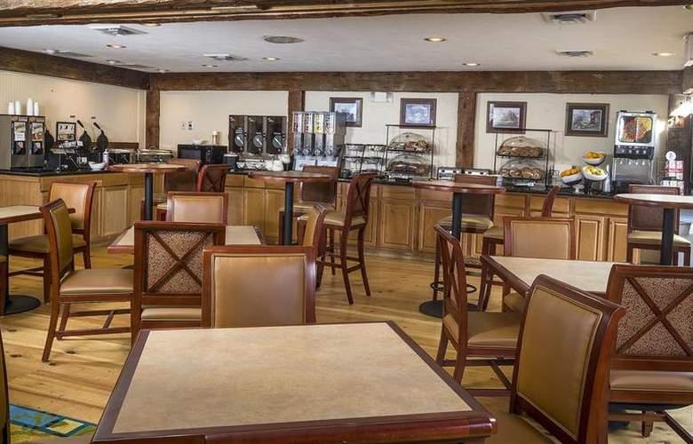 Best Western Plus Inn & Suites - Hotel - 4