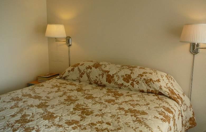 Castle Waikiki Grand Hotel - Room - 3