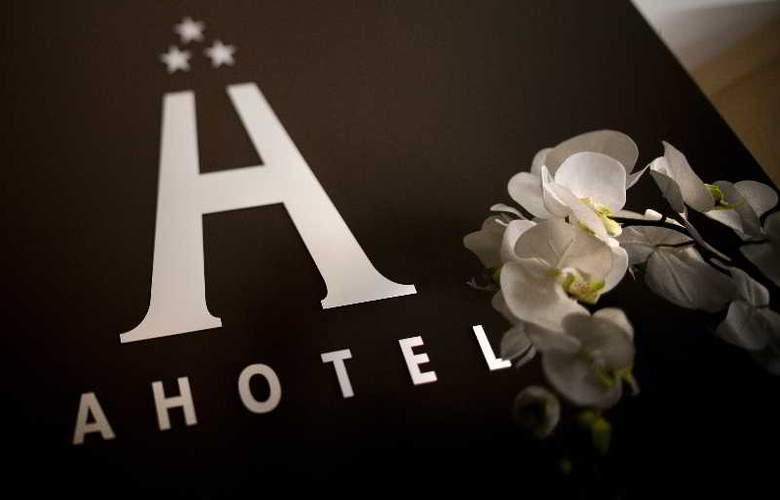 Ahotel Ljubljana - Hotel - 11