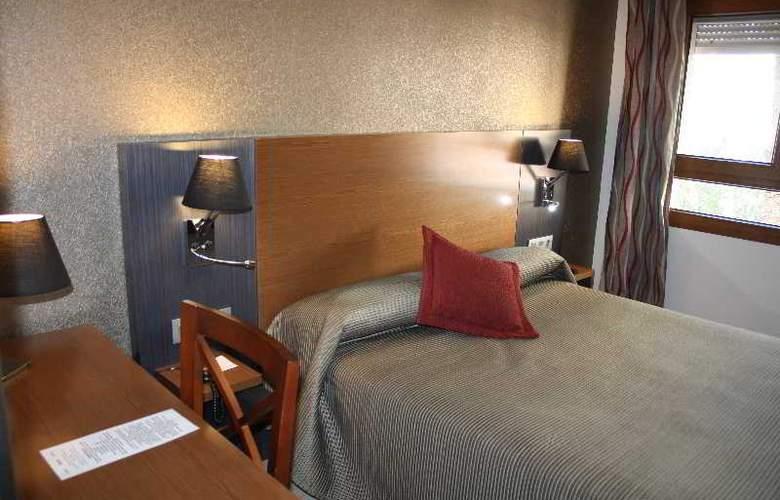 Regio - Room - 24