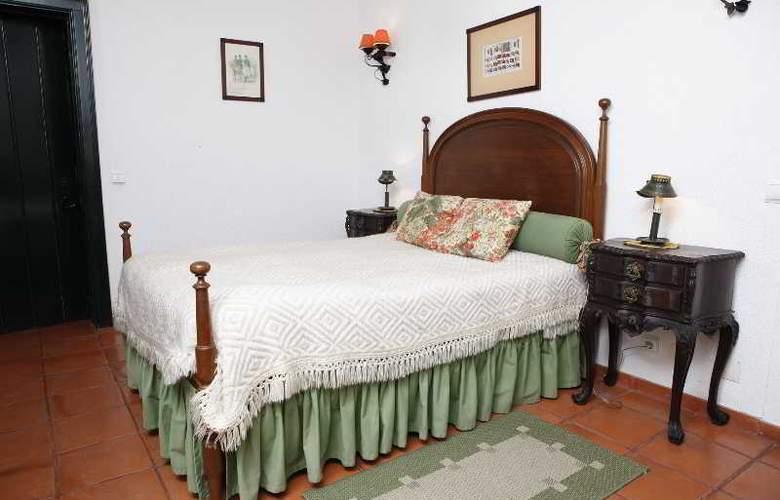 Quinta Da Praia Das Fontes - Room - 11