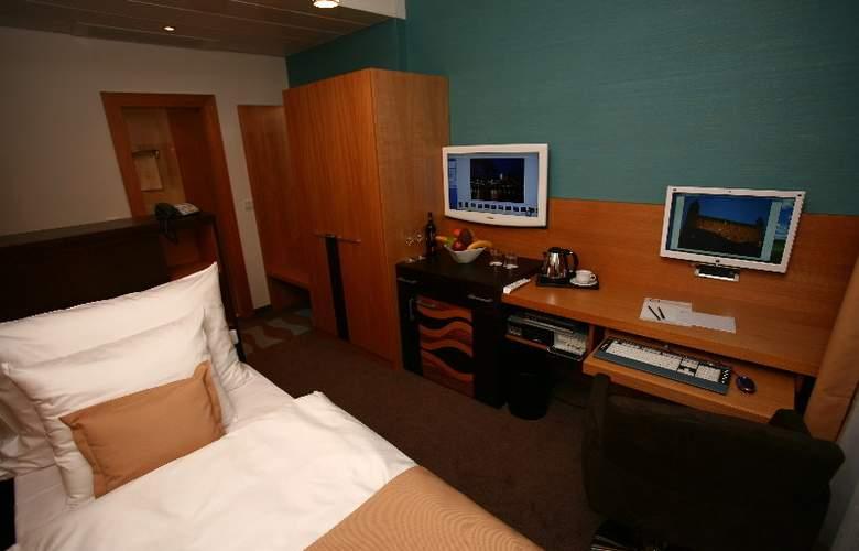 Danubia Gate - Room - 10