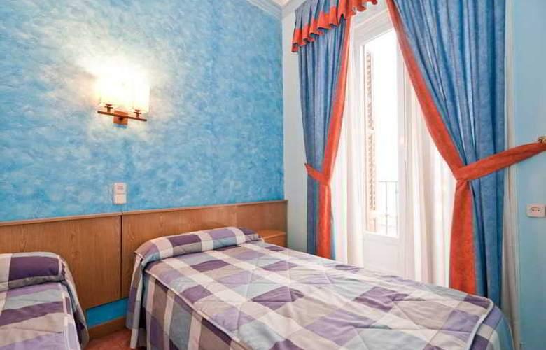 Oporto - Room - 14