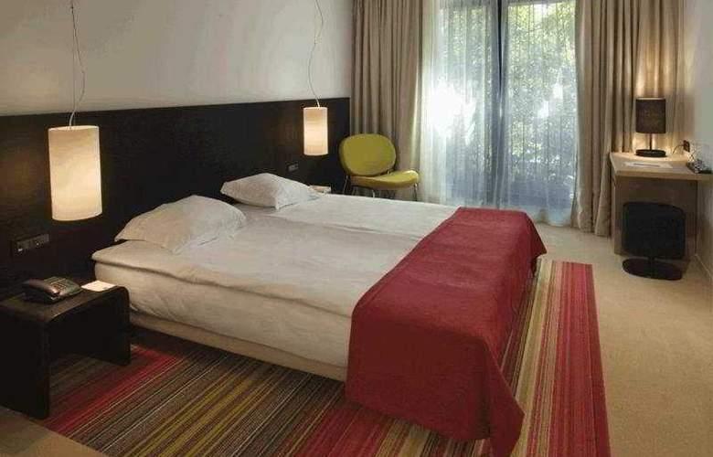 Modus - Room - 3