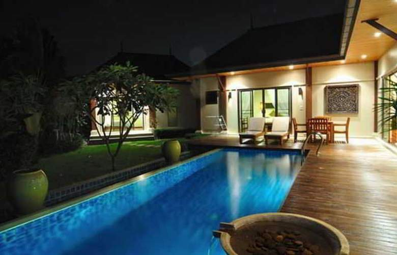 Two Villas Holiday Oriental Style Layan Beach - Room - 1