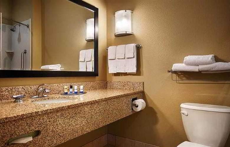 Best Western Plus Chalmette Hotel - Hotel - 30