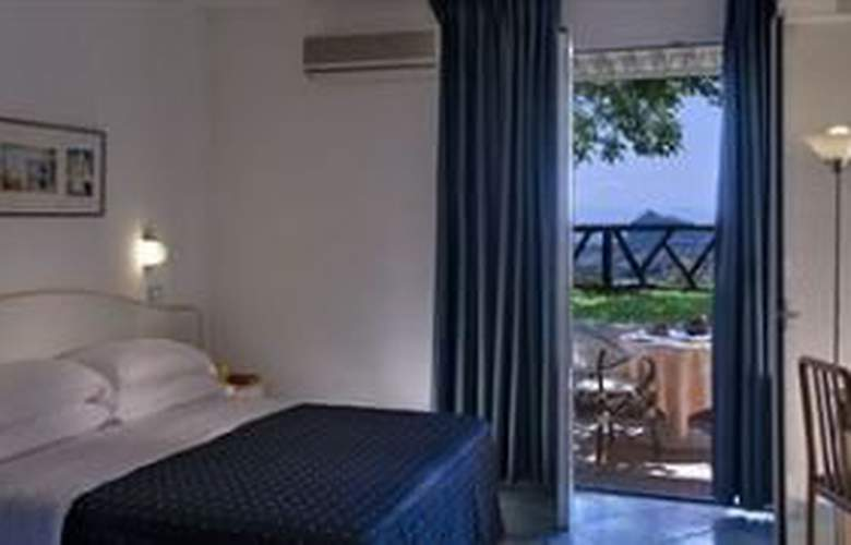 Villa Ireos - Room - 0