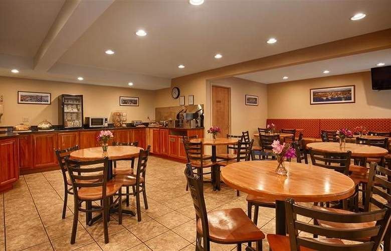 Best Western Windjammer Inn & Conference Center - Restaurant - 40