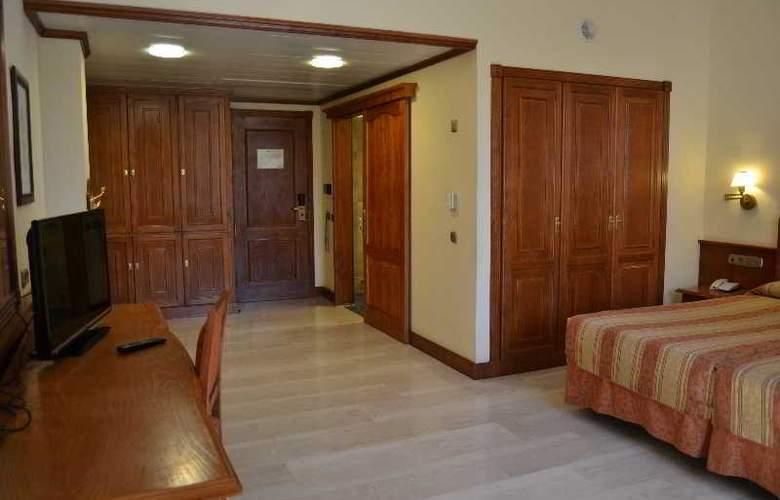 Zentral Center (Sólo Adultos) - Room - 4