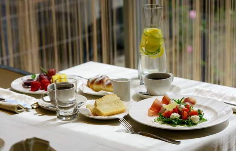 Jona Split - Restaurant - 18