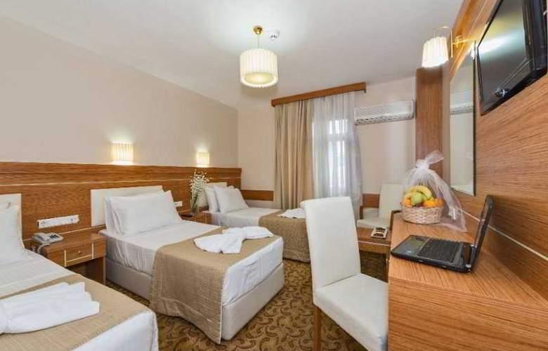 Selenay Hotel - Room - 9