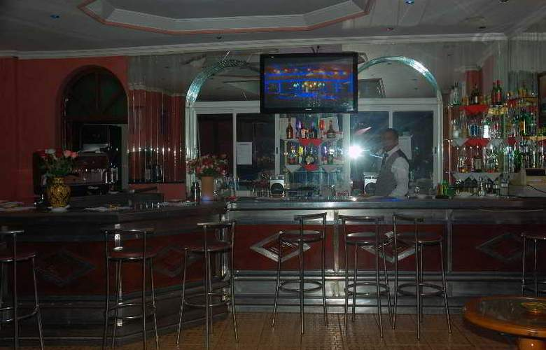 Hotel Akabar - Bar - 30
