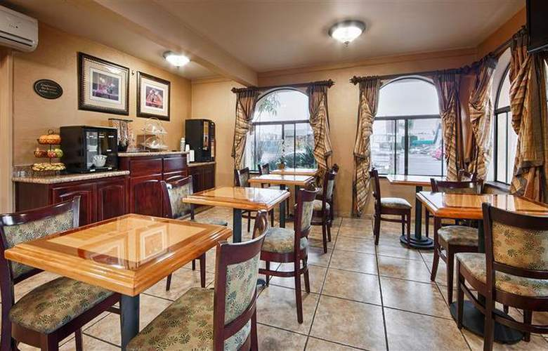 Best Western Los Alamitos Inn & Suites - Restaurant - 25
