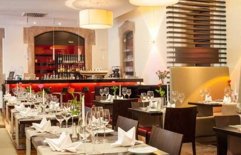 Novina Tillypark Hotel - Restaurant - 14