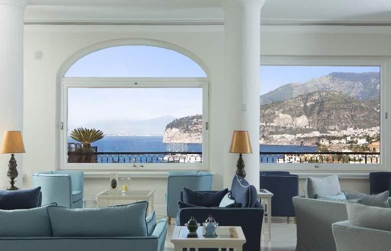 Grand Hotel Capodimonte - General - 1