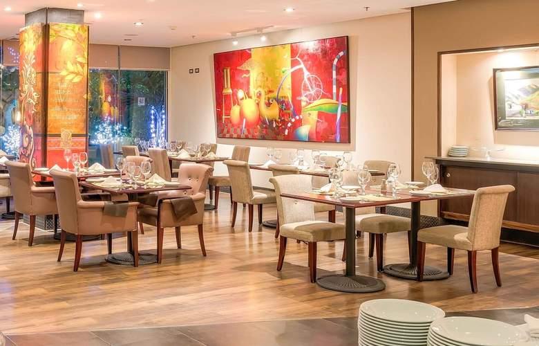 Studio Hotel - Restaurant - 8
