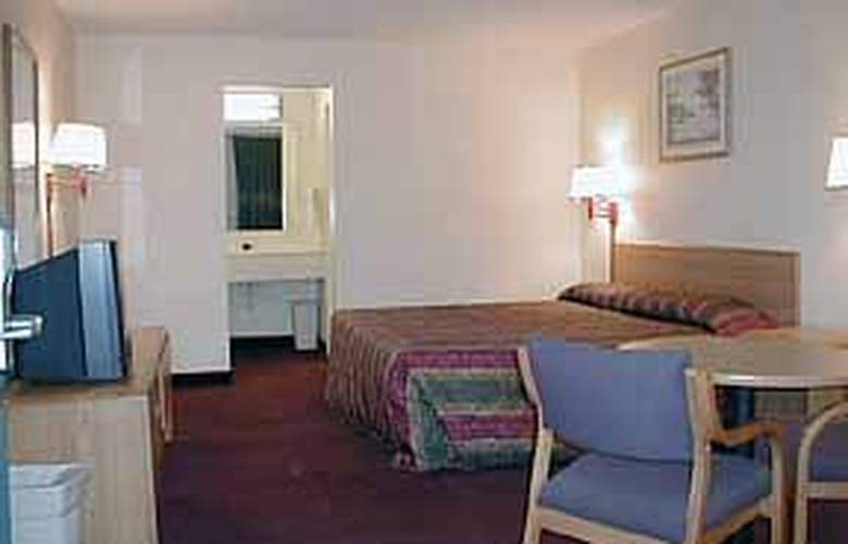 Econo Lodge (North Charleston) - Room - 1
