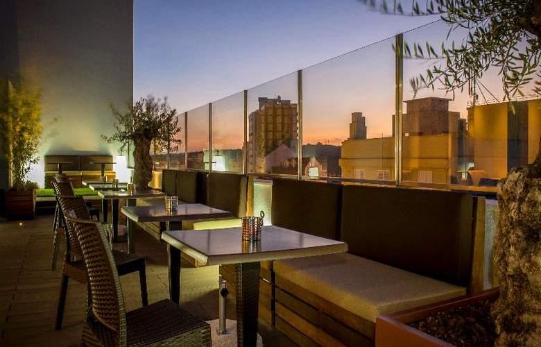 Occidental Lisboa - Terrace - 23