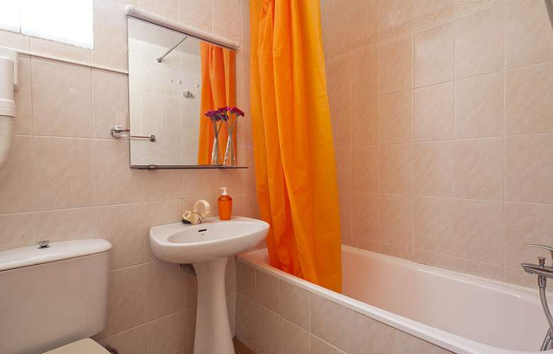 Deusol Apartamentos by Habitat - Room - 13