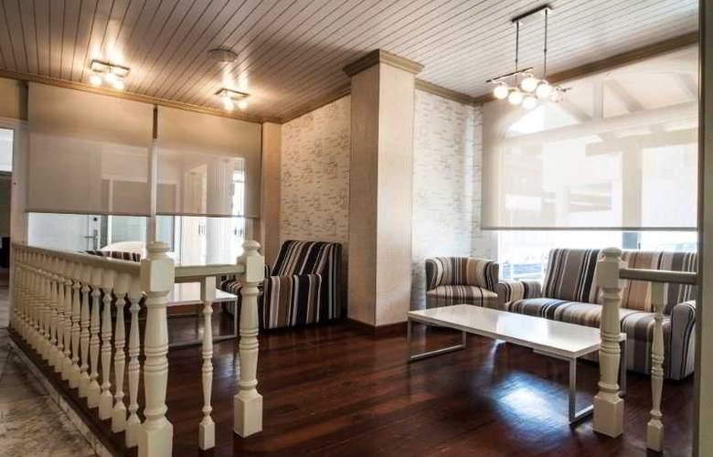 Apartamentos Turísticos Royal Life - General - 12