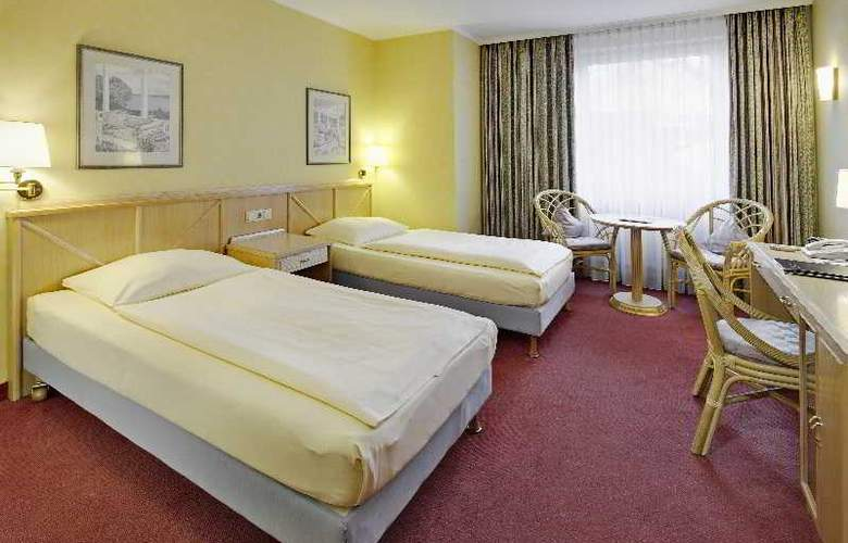 Tryp by Wyndham Koeln City Centre - Room - 9