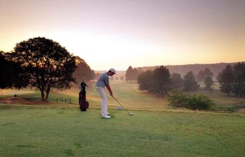 Greenway Woods Resort - Sport - 40