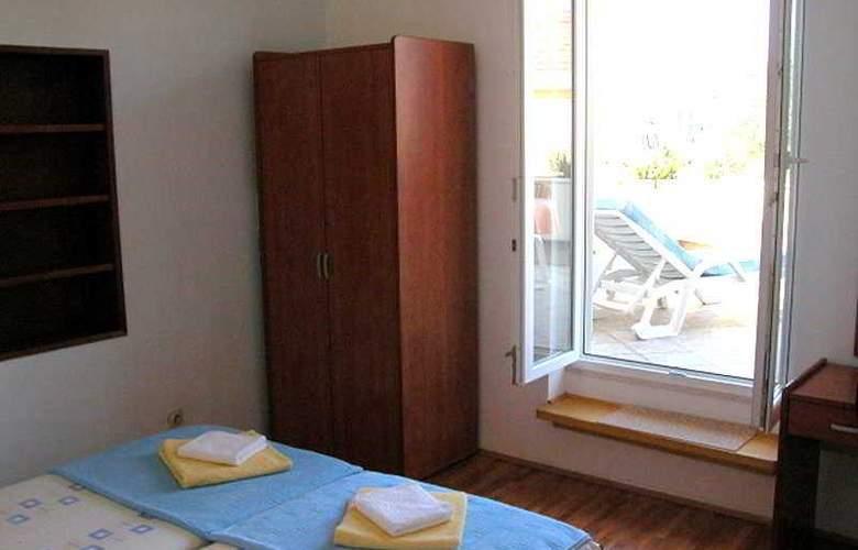 Apartman Marina II - Room - 2