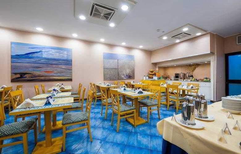 Best Western Mediterraneo - Hotel - 10
