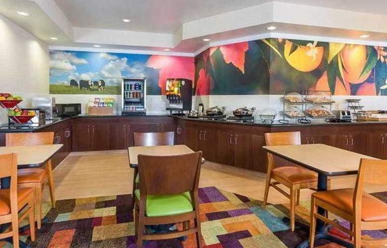 Fairfield Inn Houston Westchase - Hotel - 10