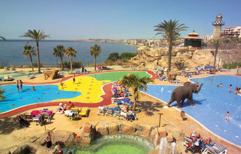 Holiday World Resort - Pool - 26