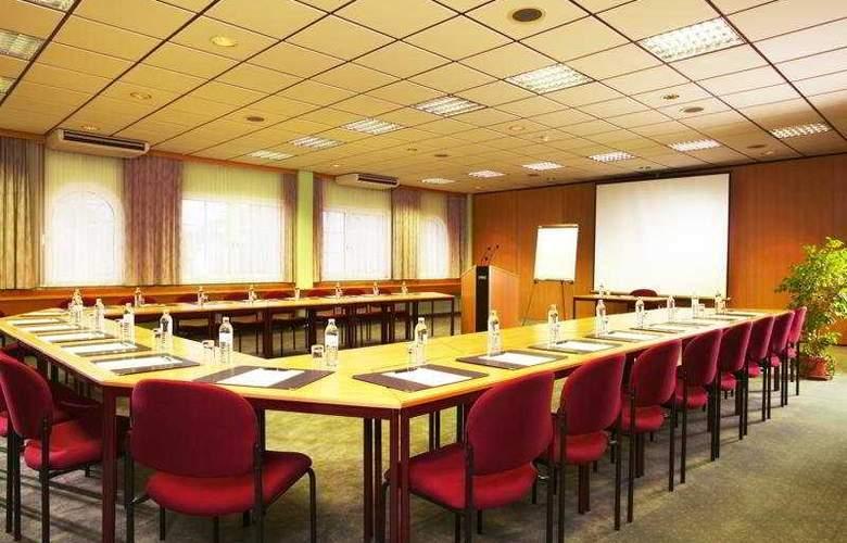 Caruso - Conference - 6