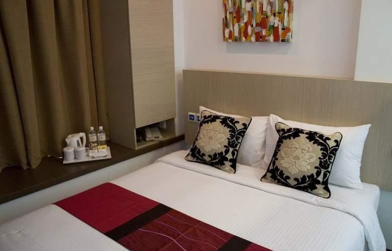 Aqueen Hotel Lavender - Room - 9