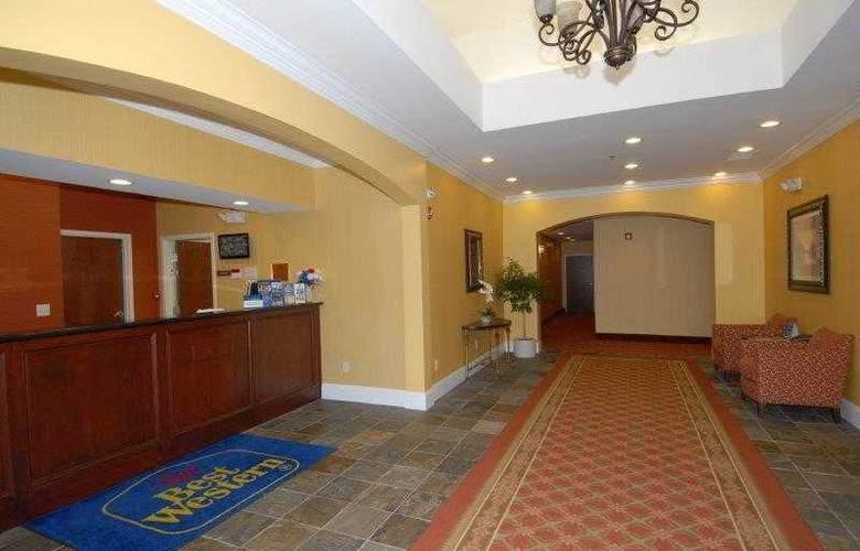 Best Western Plus Piedmont Inn & Suites - Hotel - 15