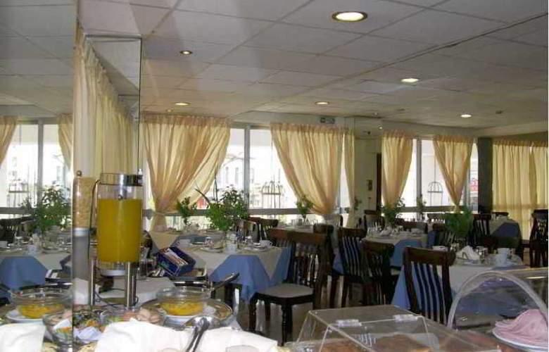 Apollo - Restaurant - 5