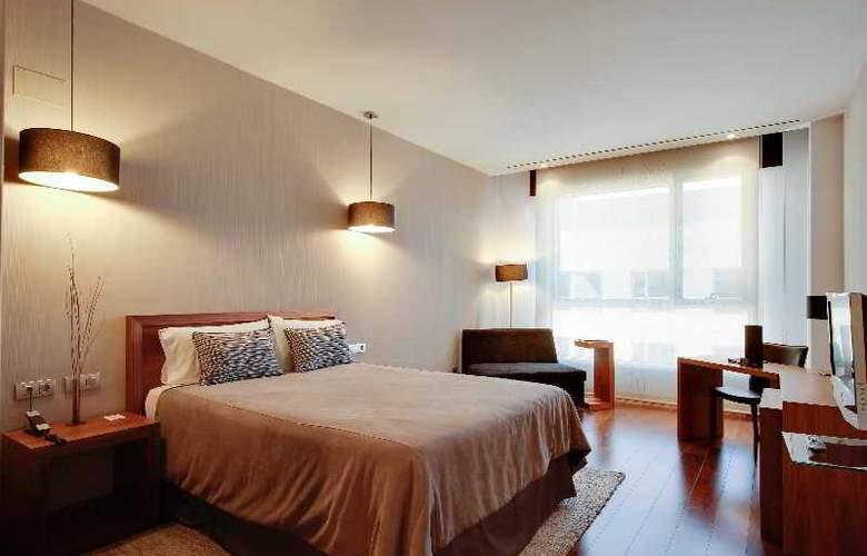 Rafaelhoteles Madrid Norte - Room - 28
