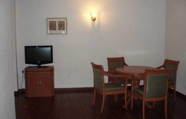 Abad Plaza - Room - 4