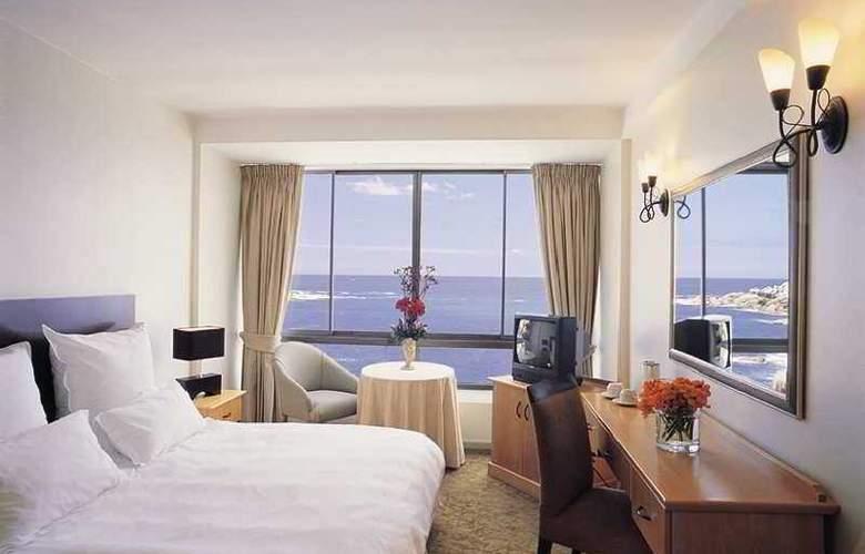 Ambassador & Executive Suites - Room - 1