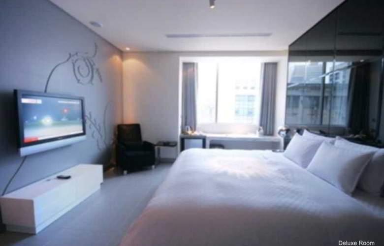 Hotel Eight Zone - Room - 4
