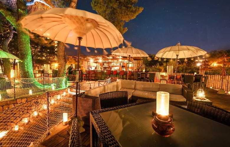 Steigenberger Golf & Spa Resort Camp de Mar - Terrace - 23