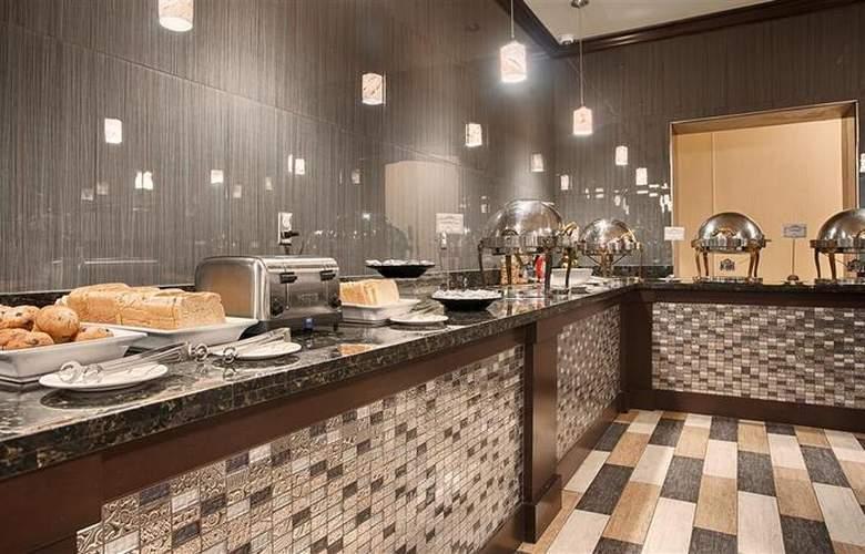 Best Western Plus Hotel & Conference Center - Restaurant - 82
