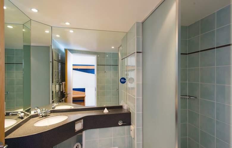 Holiday Inn Express Bradford City Centre - Room - 5