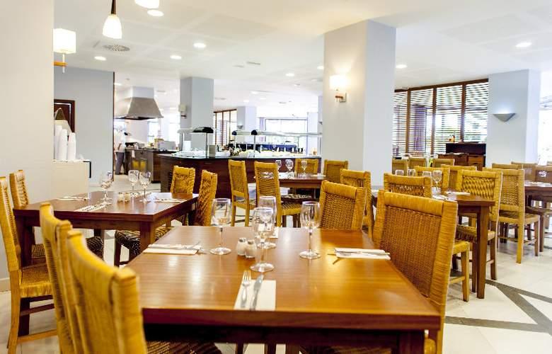 Apartamentos Residencial La Solana - Restaurant - 17
