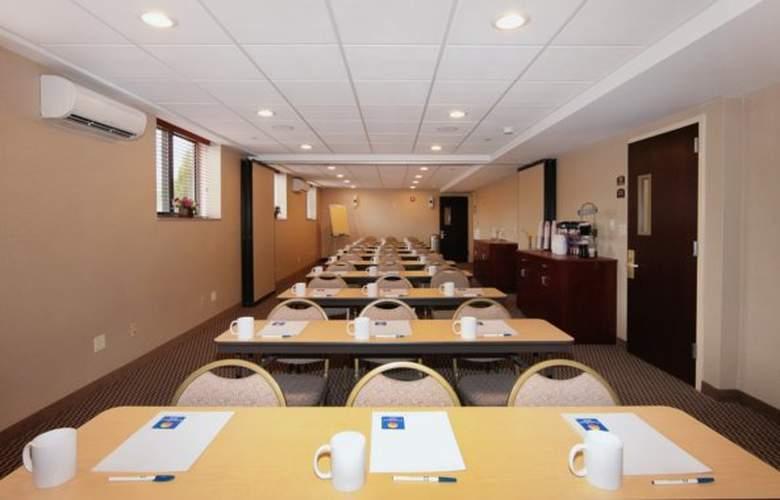 Comfort Inn Staten Island - Conference - 3