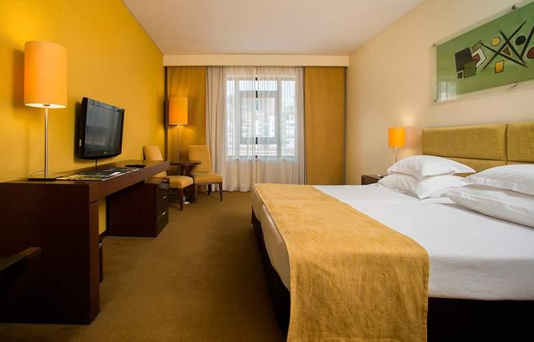 Vila Gale Coimbra - Room - 1