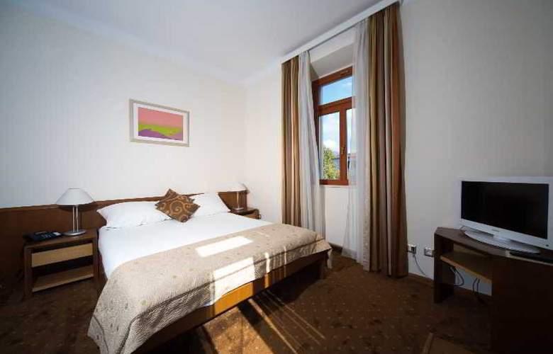 Zagreb - Room - 14