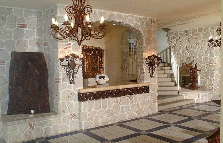 Los Arcos Suites - Hotel - 0